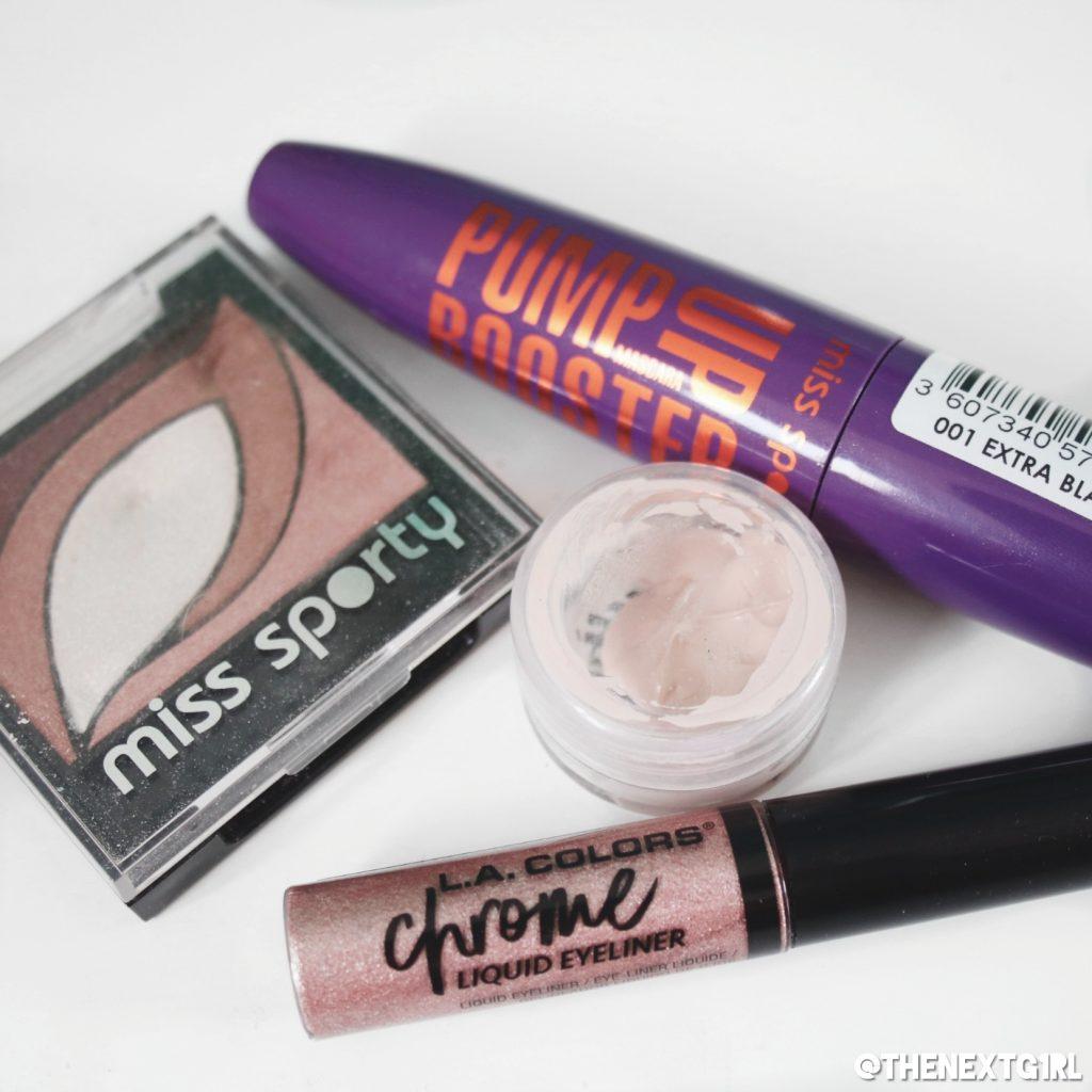 Gebruikte make-up voor ooglook met project pan producten