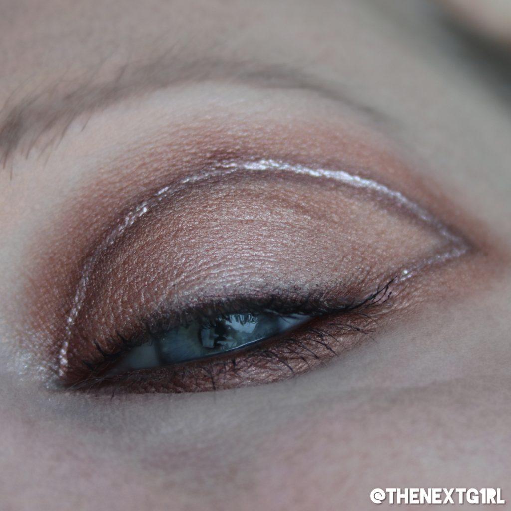 Ooglook met Miss Sporty oogschaduw en LA Colors Chrome eyeliner