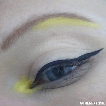 Ooglook met geel pigment