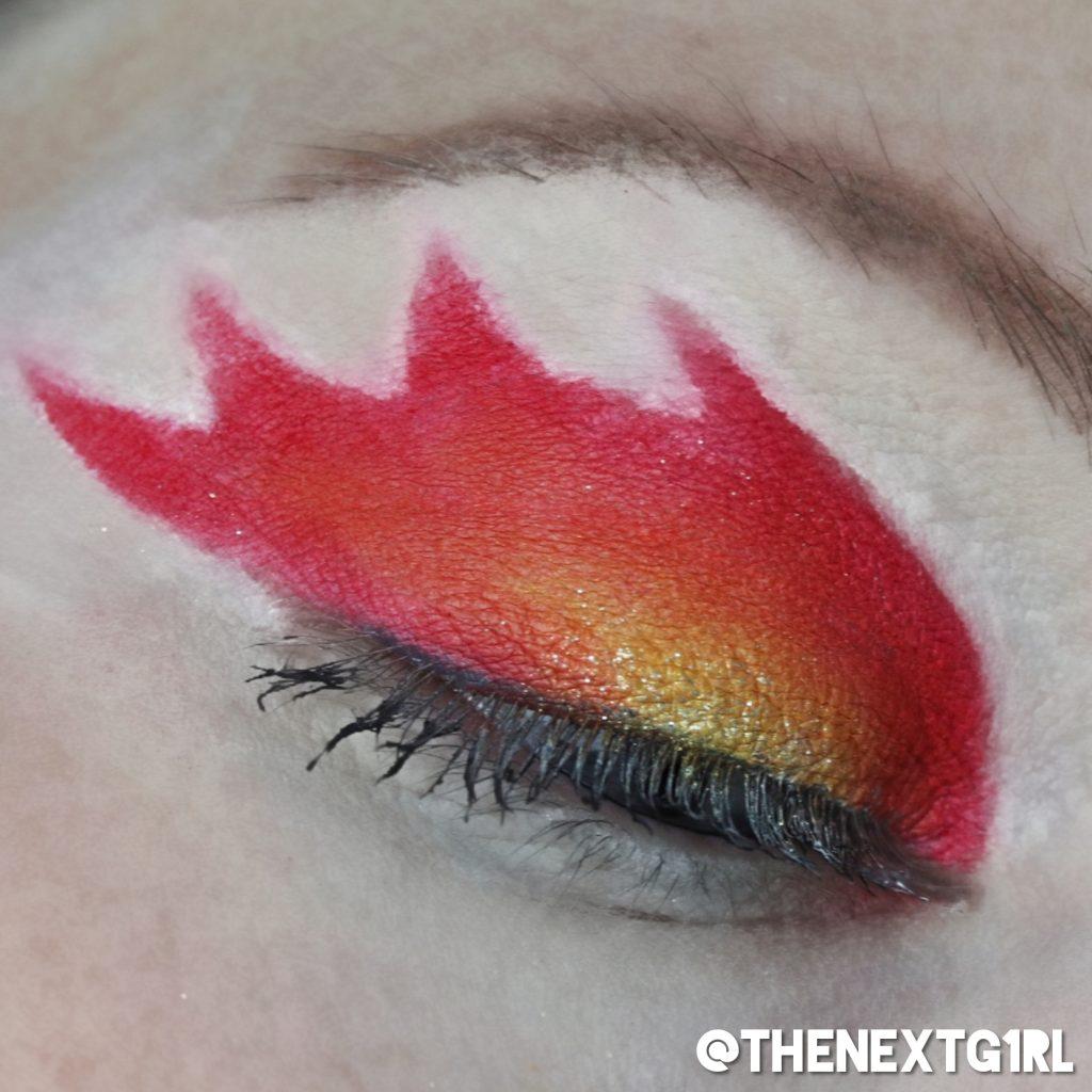 vurige ooglook met rood, oranje en geel