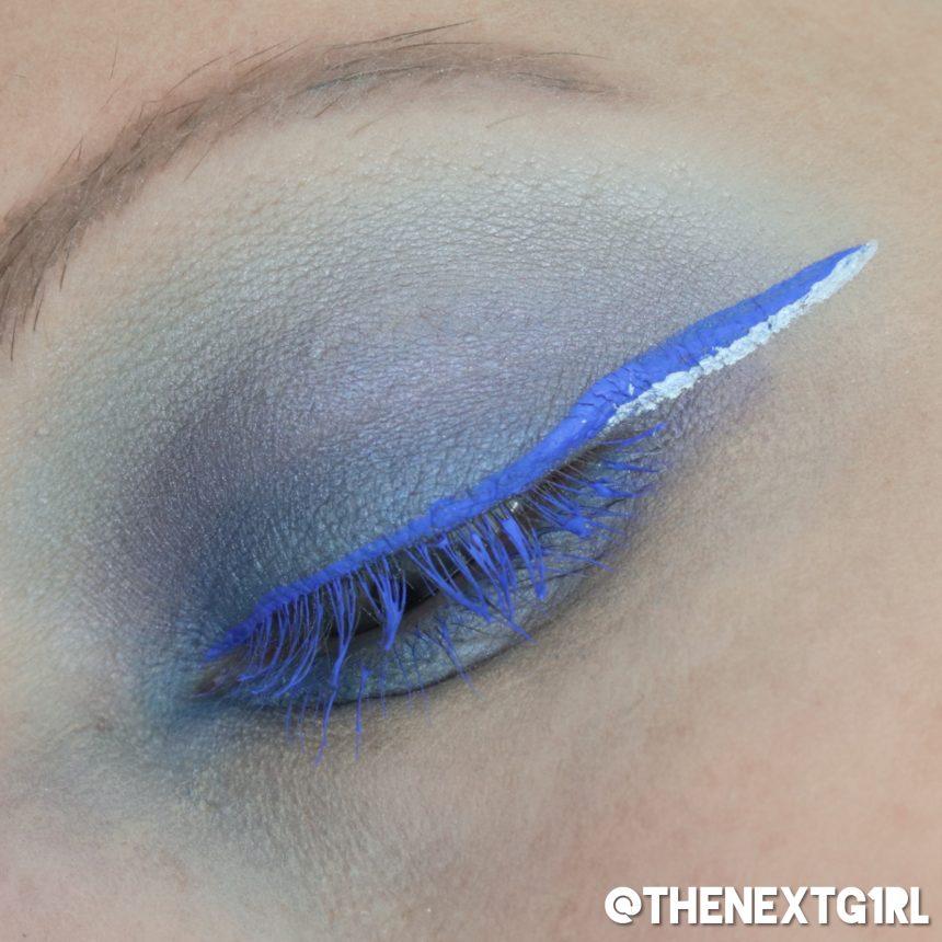 Ooglook: blauwe liner