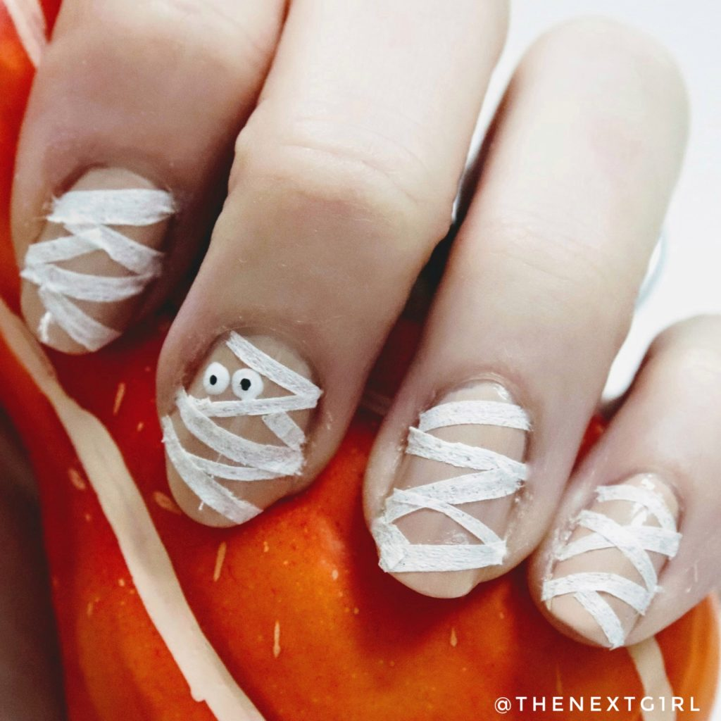 Halloween nailart mummy mummie nagels