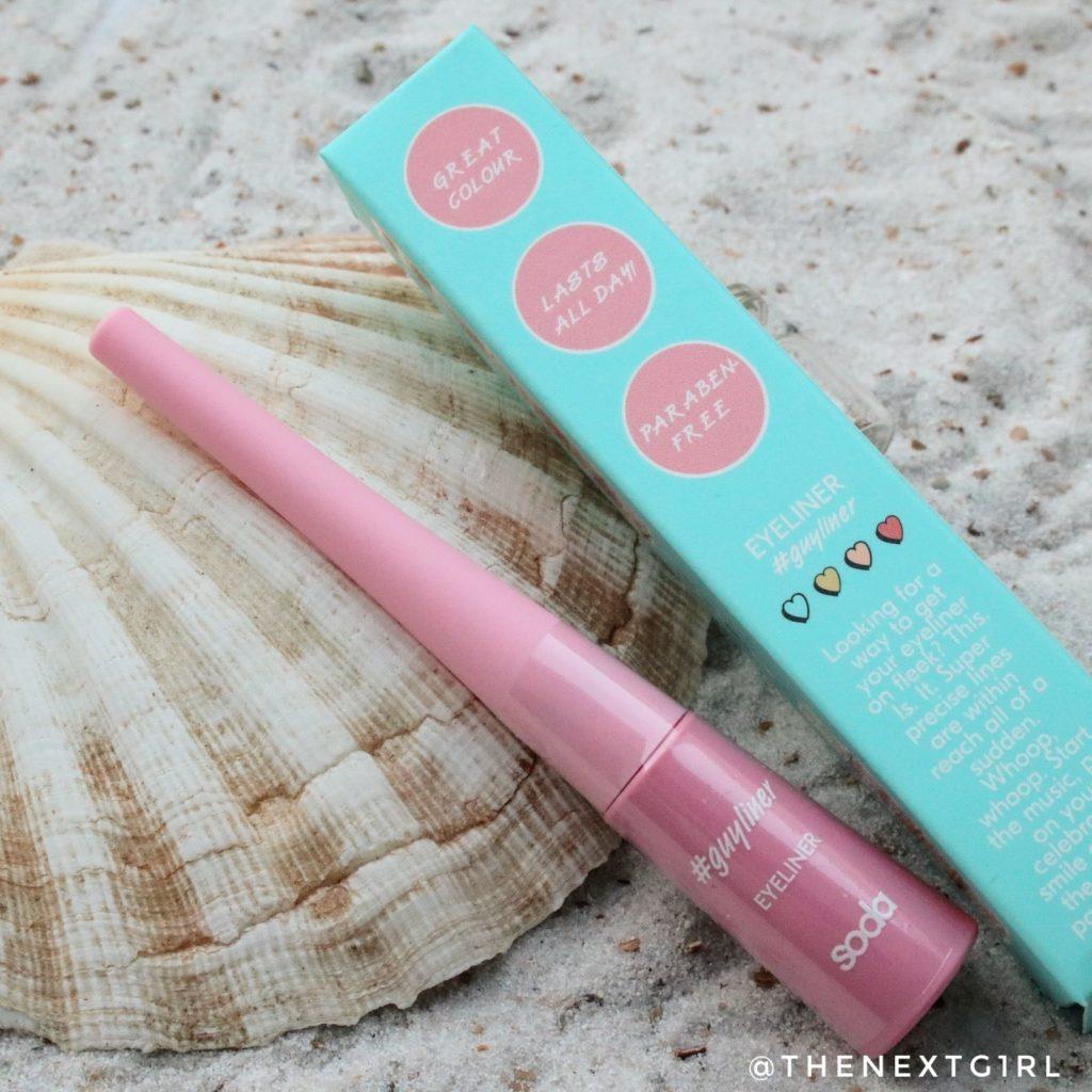 Soda Makeup Kruidvat eyeliner guyliner keith roze glitter