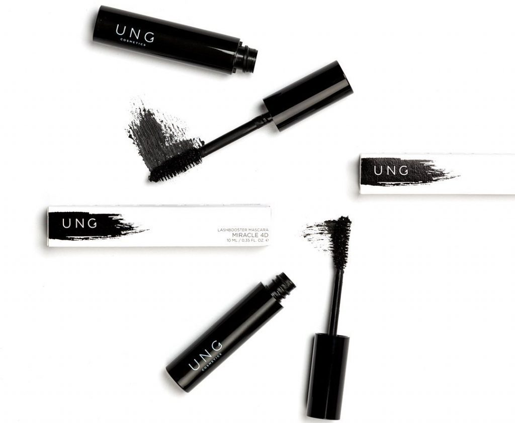 UNG Miracle 4D Lashbooster mascara