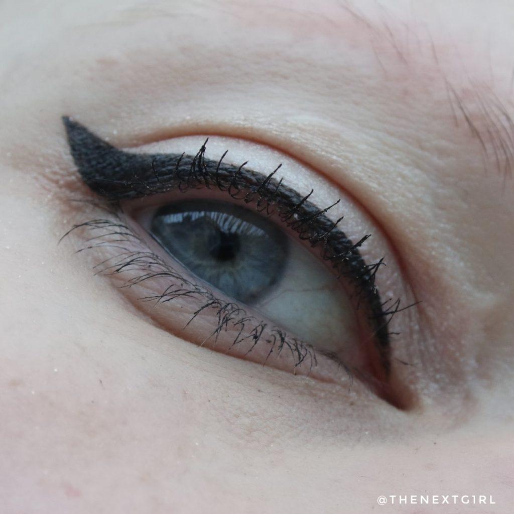 L'Oreal Paradise Extatic mascara ooglook