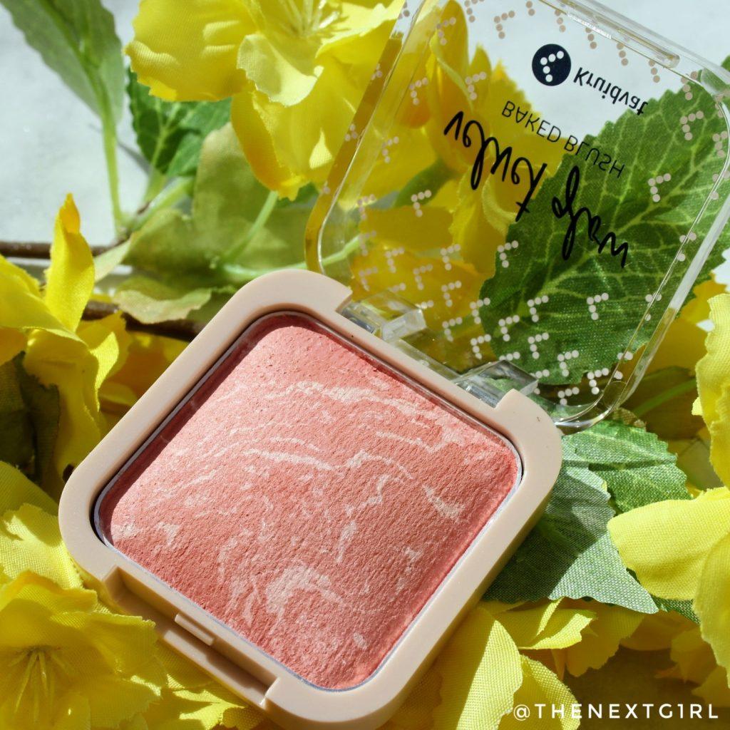 Kruidvat Velvet Glow Baked Blush 010 Pastel Peach