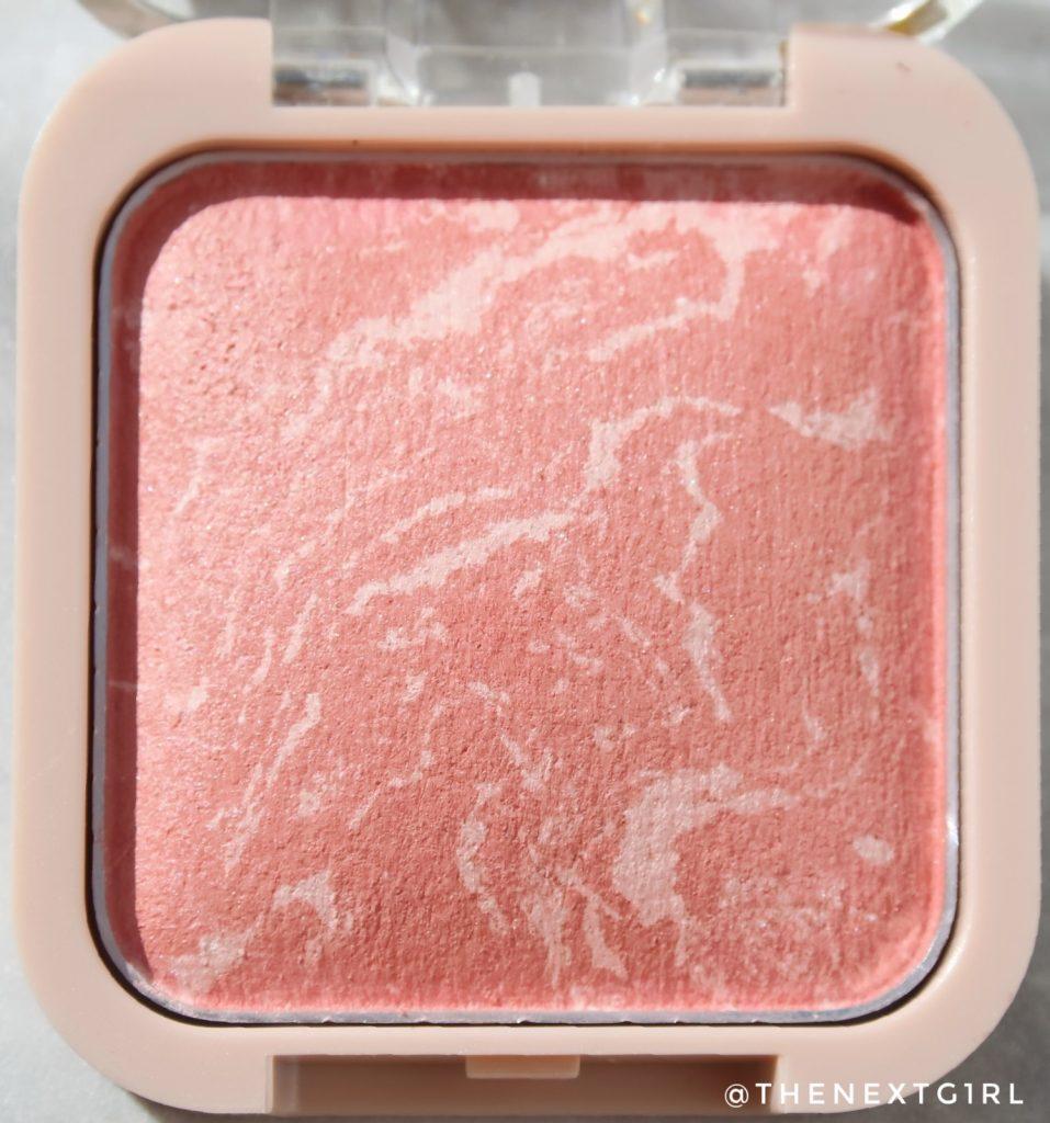 Kruidvat make-up Velvet Glow Baked Blush