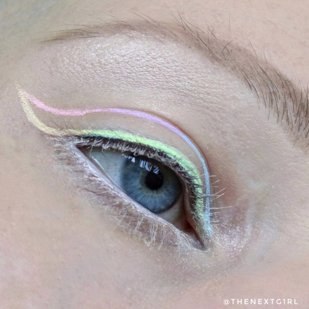 Ooglook pastel eyeliners