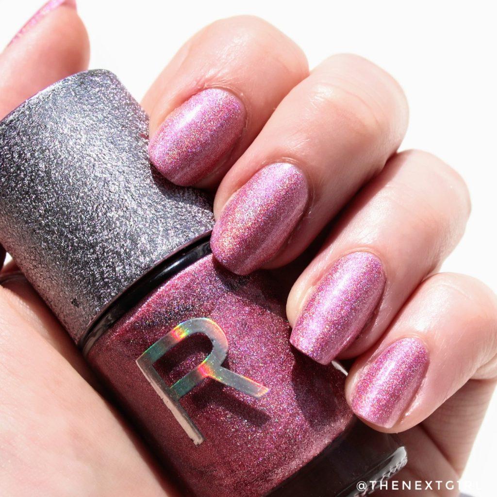 Makeup Revolution nagellak Cosmic holo swatch zonlicht