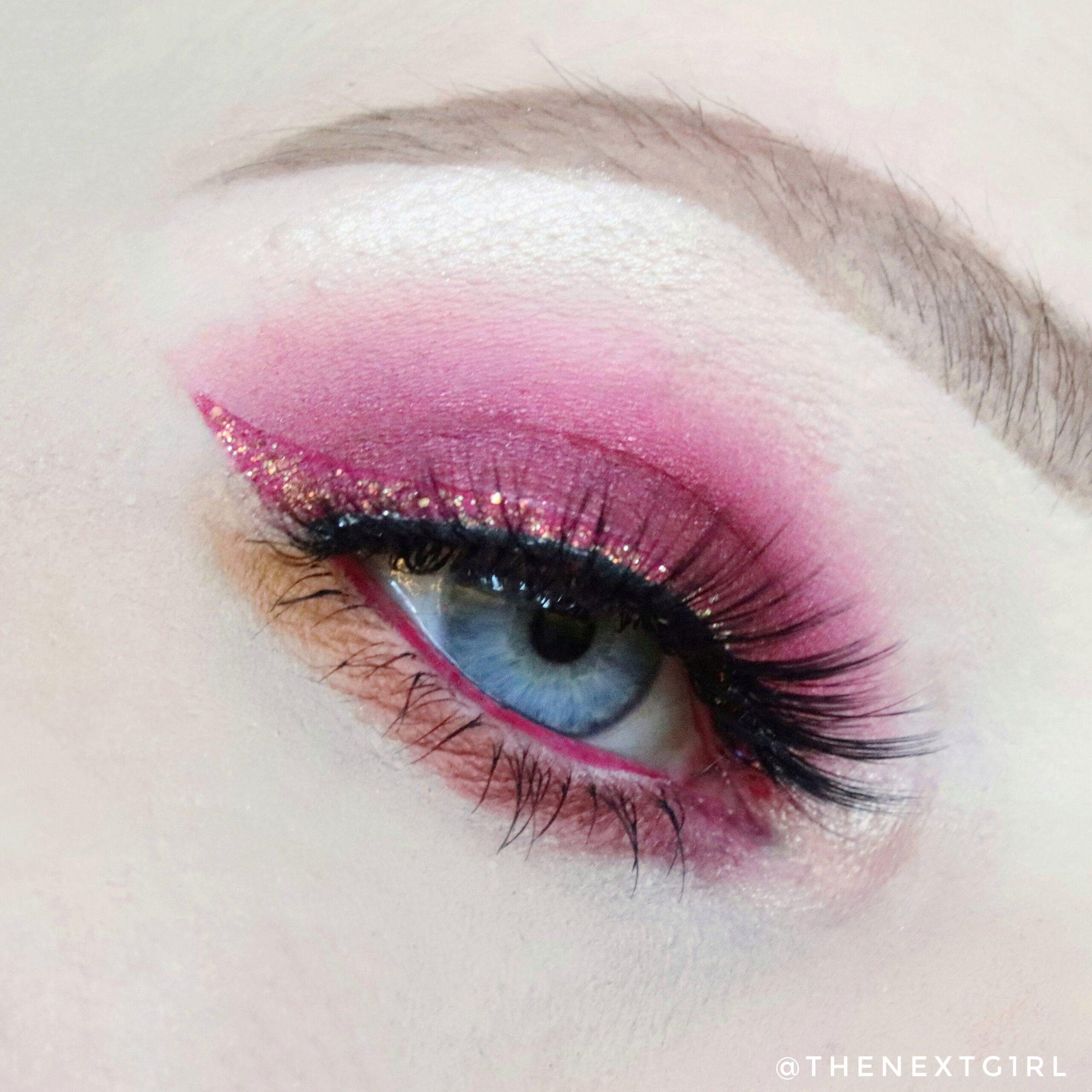 Rode ooglook make-up van Colourpop