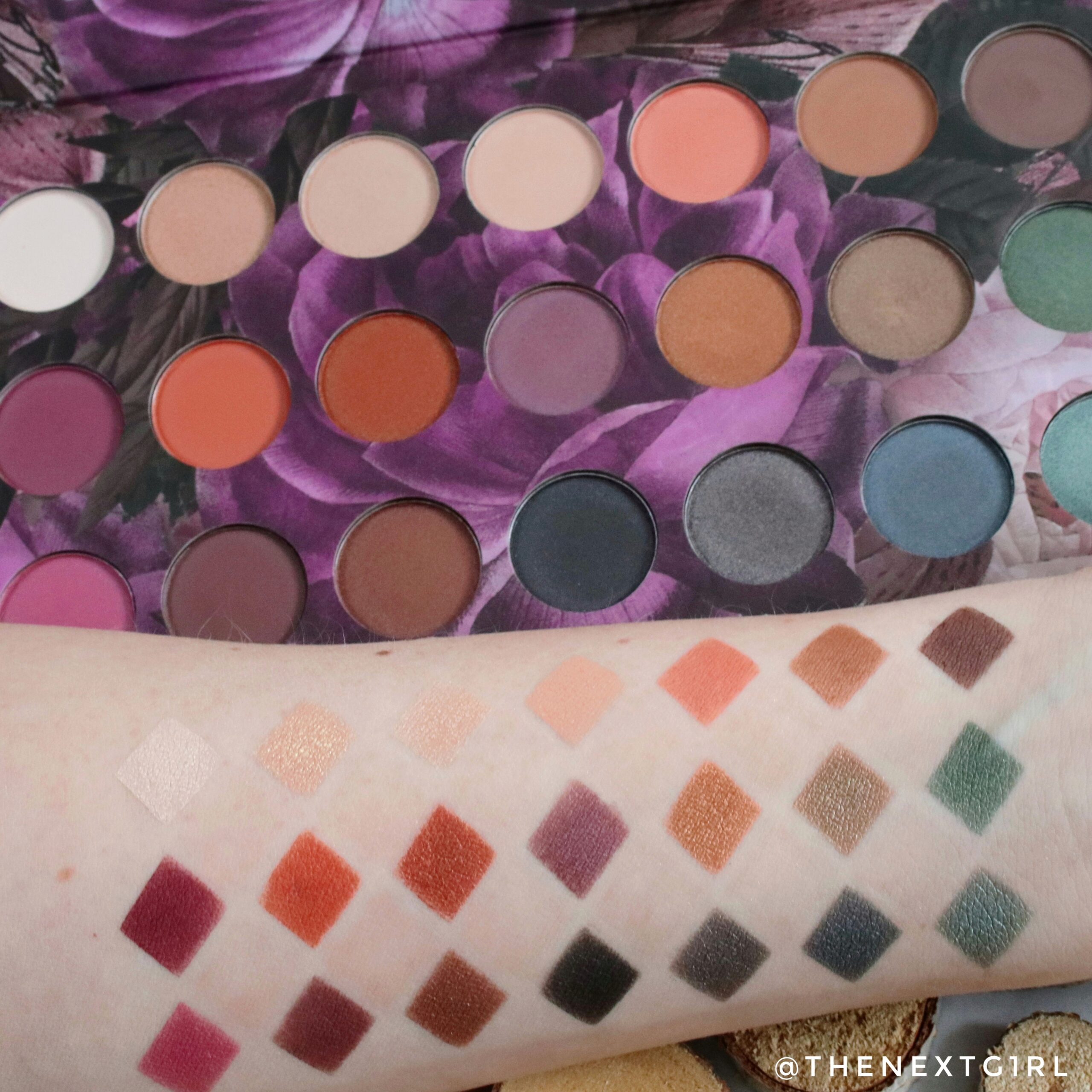 Max&More Bloom Action swatches