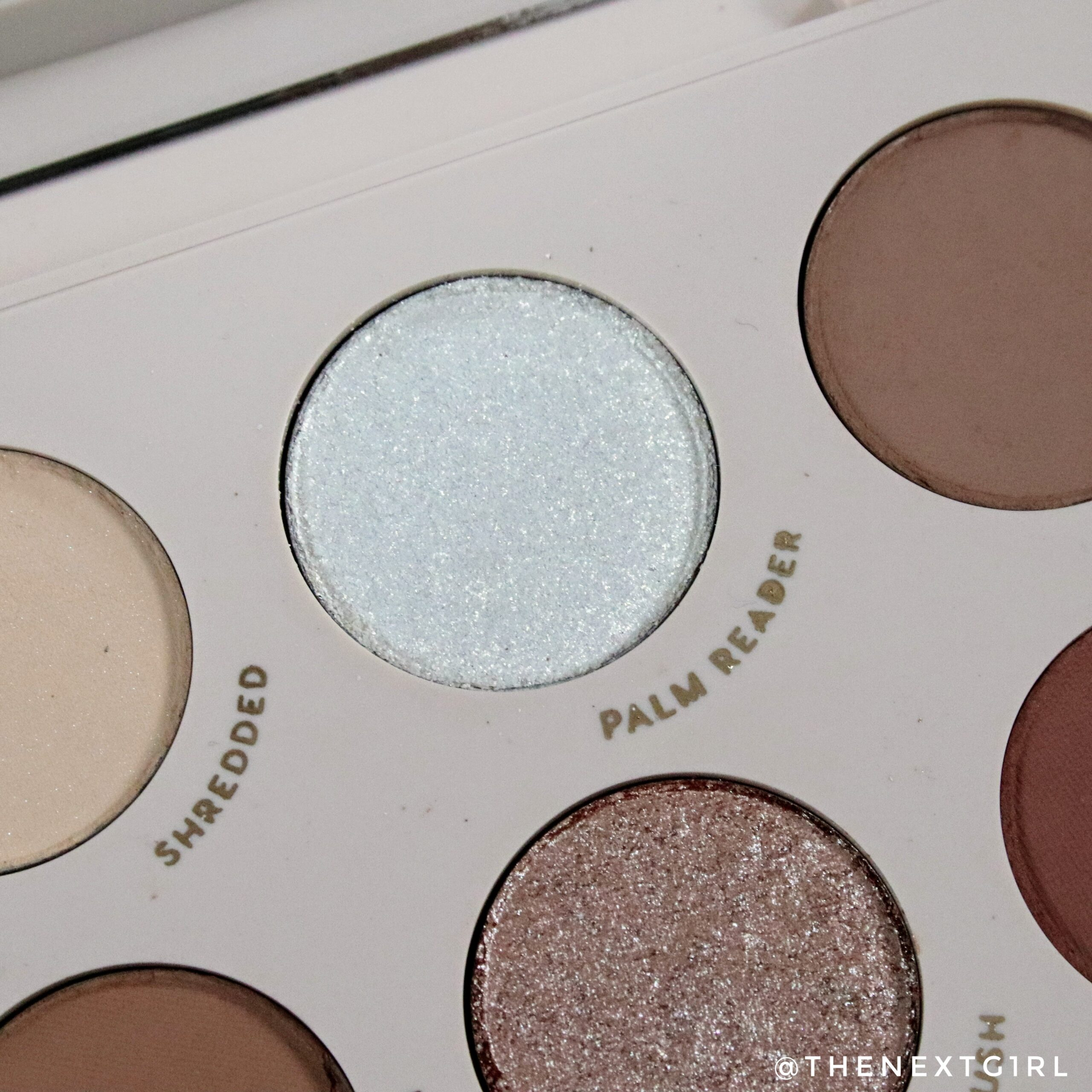 Colourpop Going Coconuts Palm Reader witte shimmer