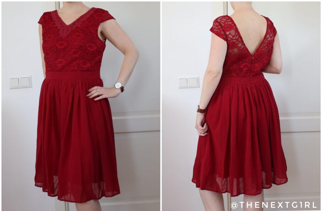 Donkerrode jurk met kant