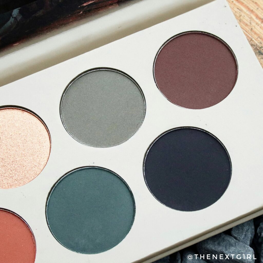 Close-up donkere matte tinten in Berlijn oogschaduwpalette
