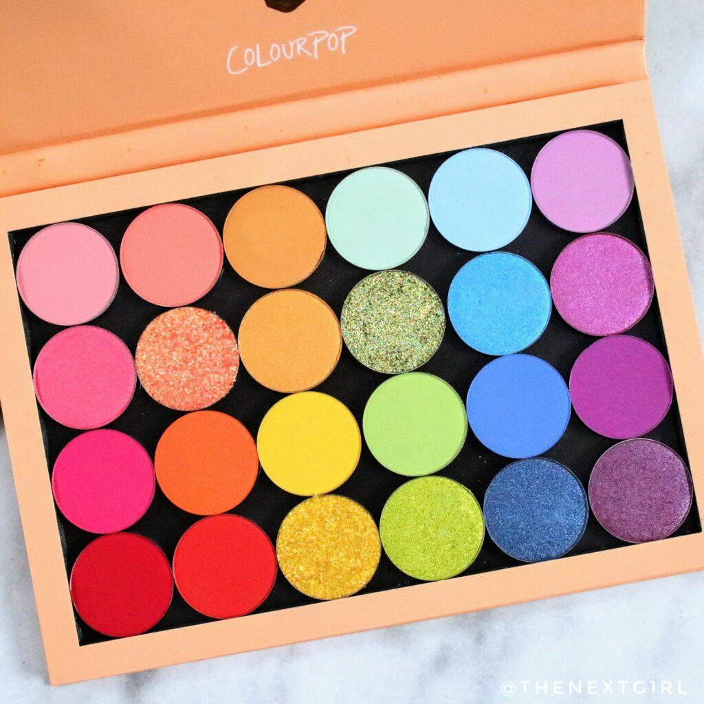 Kleurrijk Colourpop oogschaduw palette