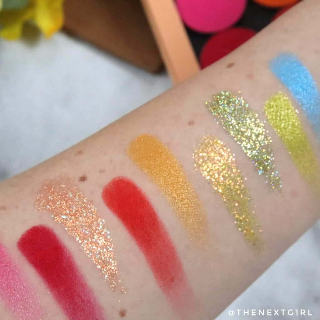 Glitters en shimmers in Rainbow palette Colourpop