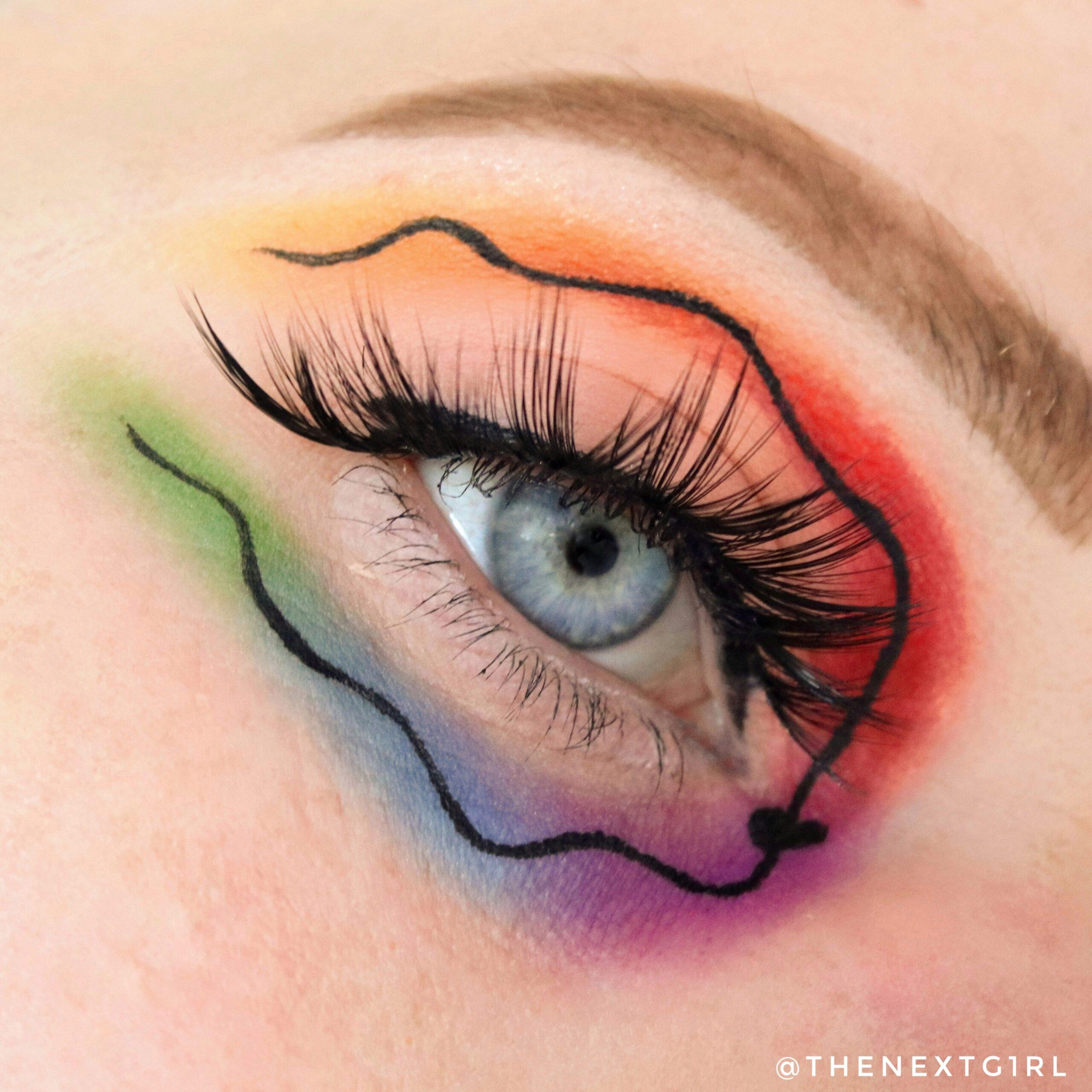 Regenbooglook met eyeliner