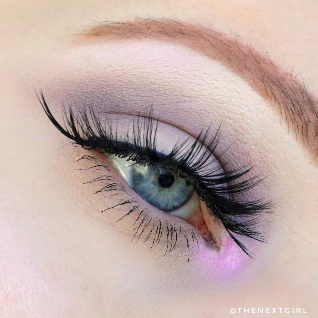 Ooglook met Catrice Lavender Breeze palette 2021