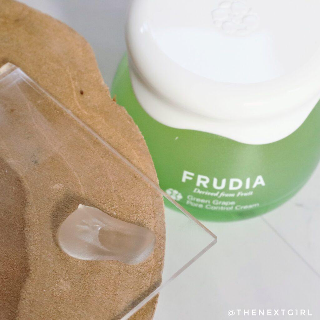 Textuur van Frudia creme