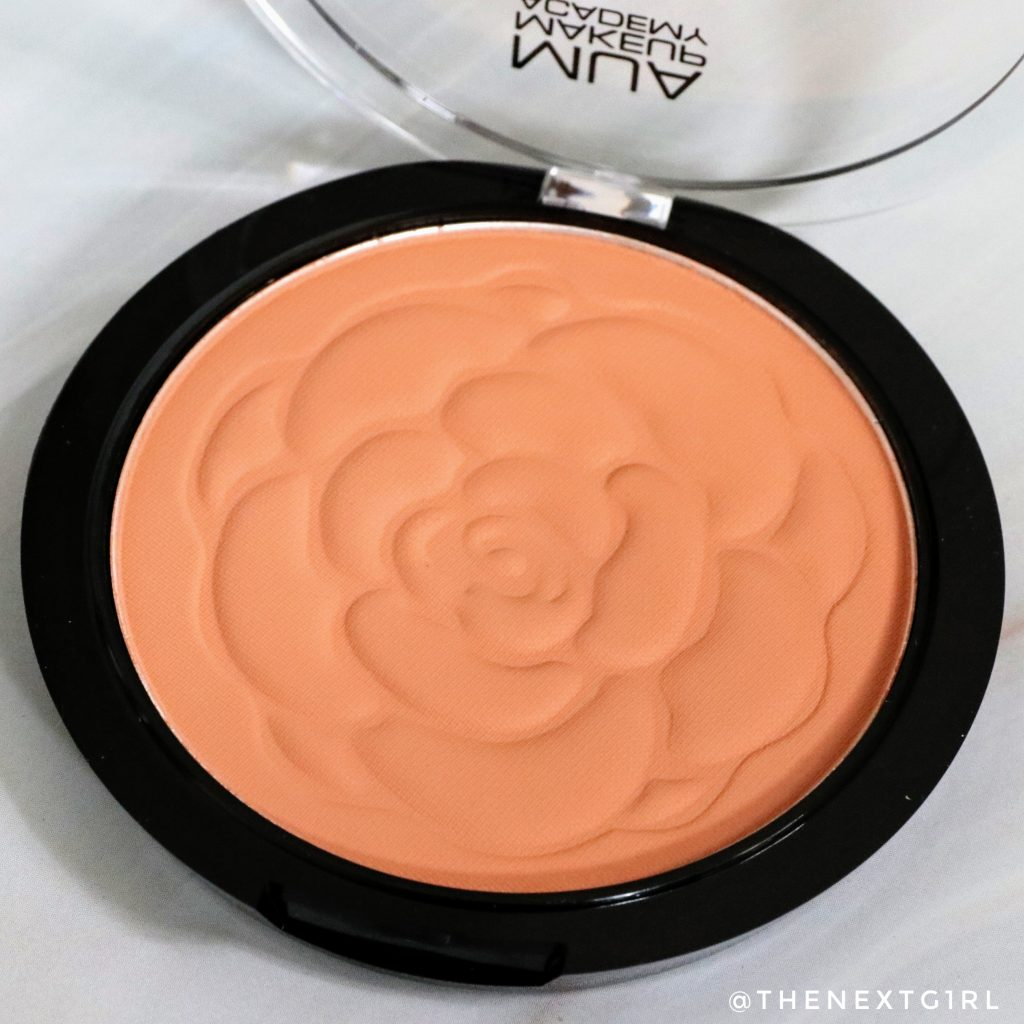 Close-up Blushed Matte Blush Powder Papaya Whip