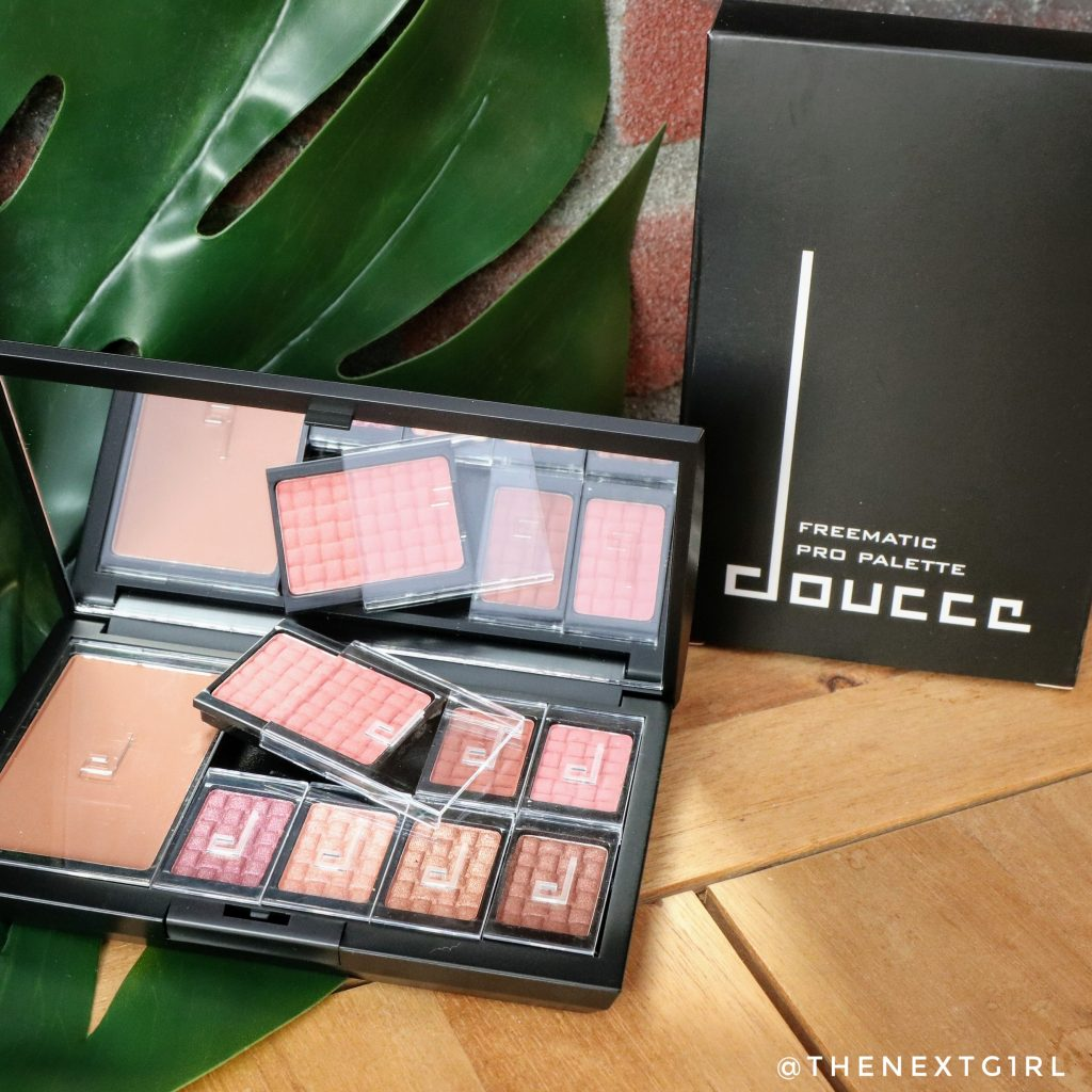Doucce Freematic Pro Palette met bronzer, blush en oogschaduw