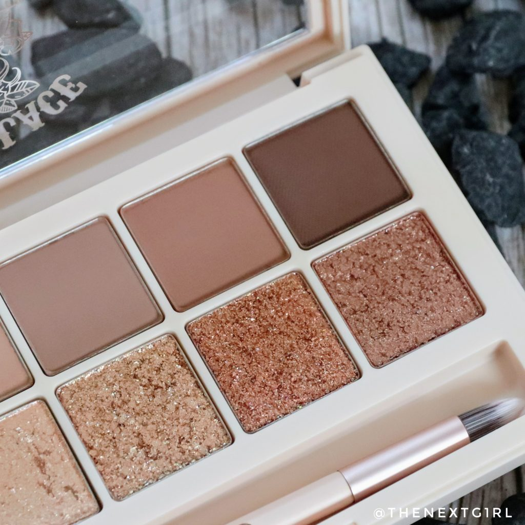 Close-up donkere tinten Into Lace palette